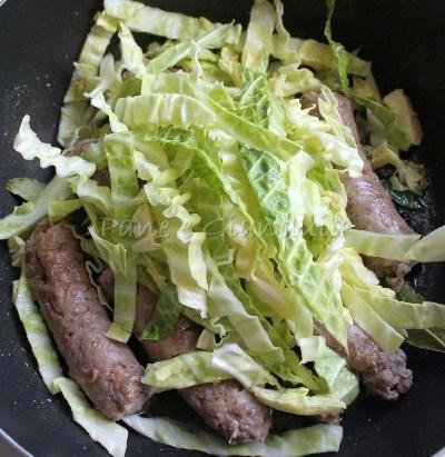 verza e salsicce
