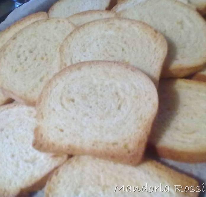Mandorla Rossi - Fette biscottate al miele