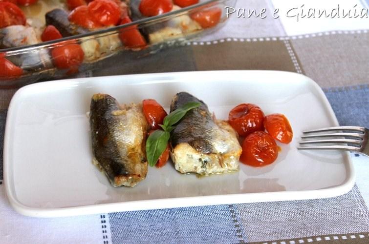 Merluzzetti con pomodorini e basilico