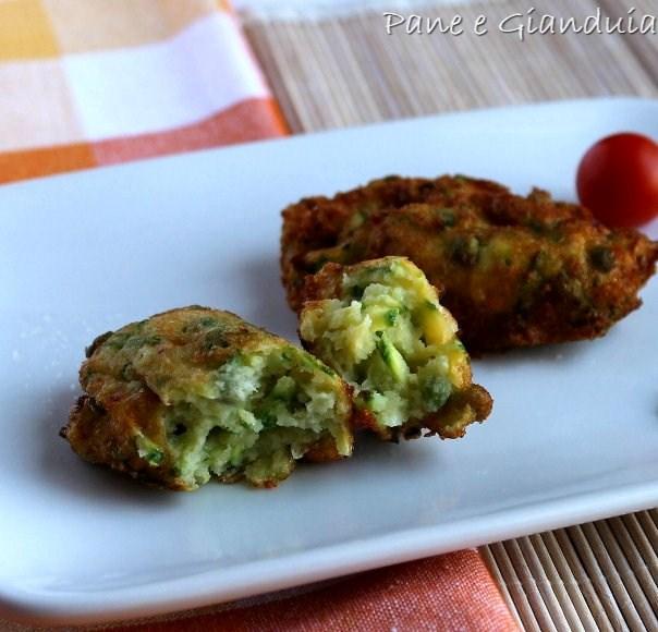 Frittelle di zucchine e piselli