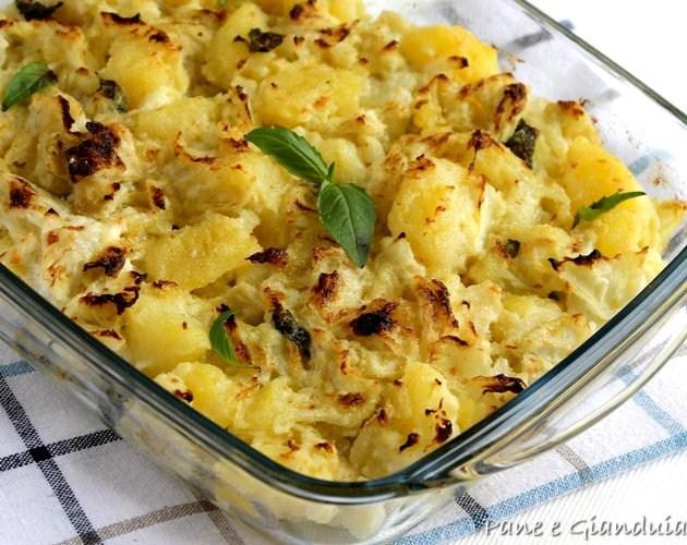 Patate e cavoli gratinati con ricotta