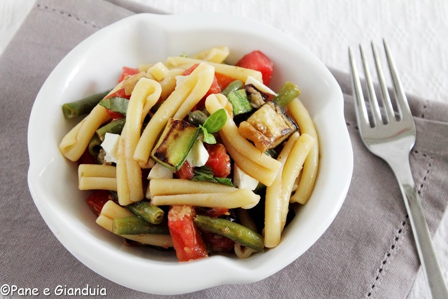 Pasta fredda con verdure arrostite