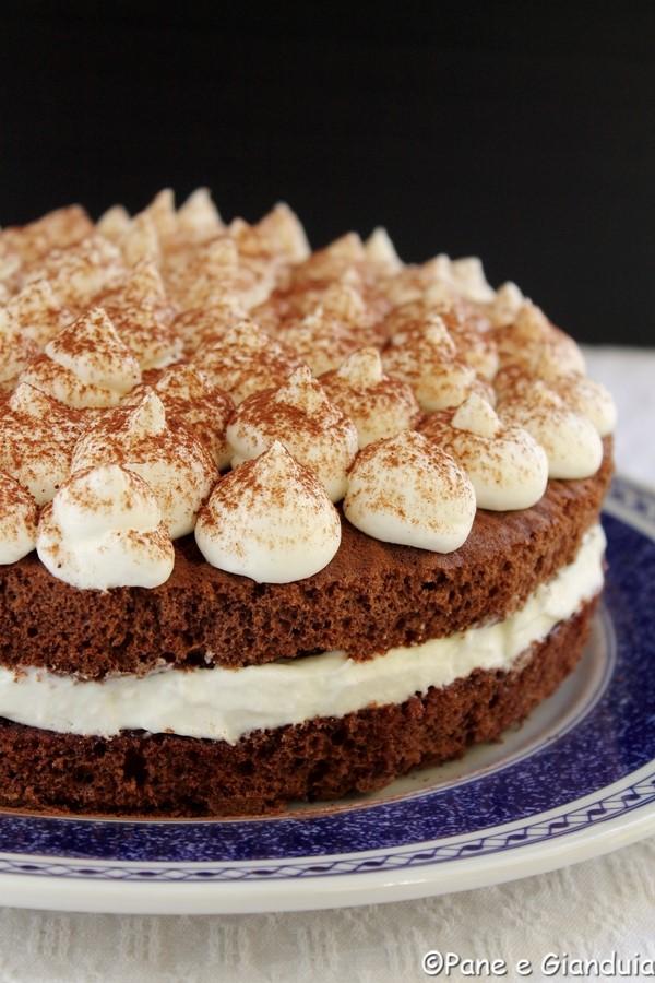 Torta al cacao con doppia crema al latte | Pane e Gianduia
