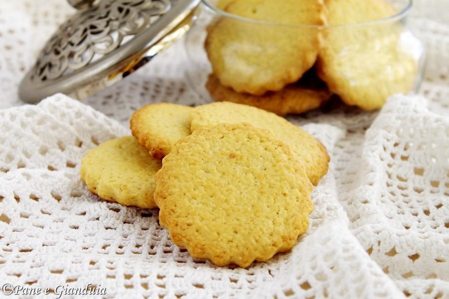 Biscotti alla panna e limone