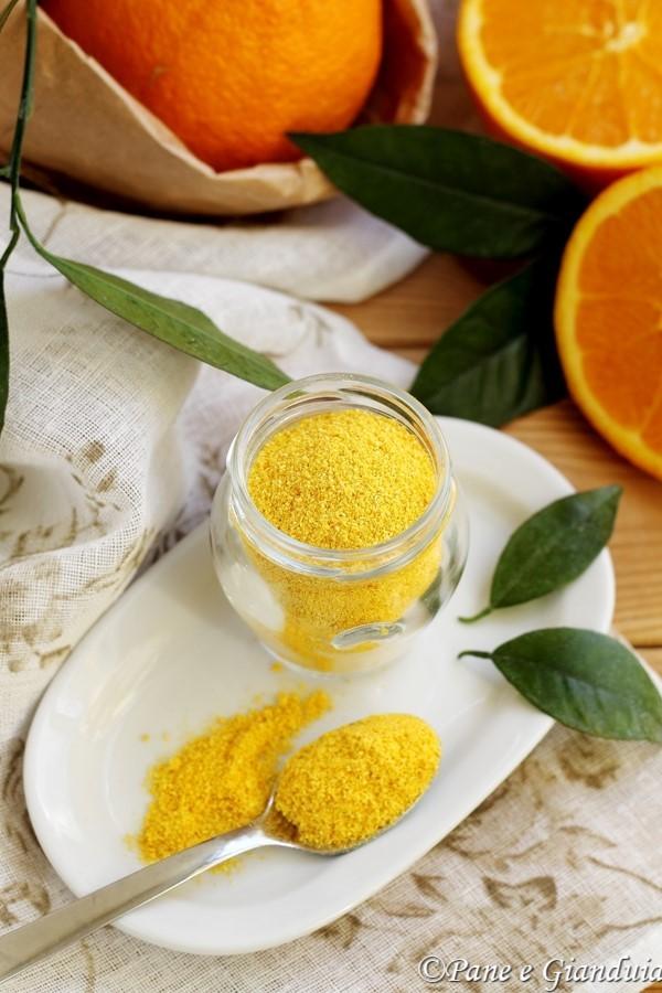 Buccia di arance in polvere
