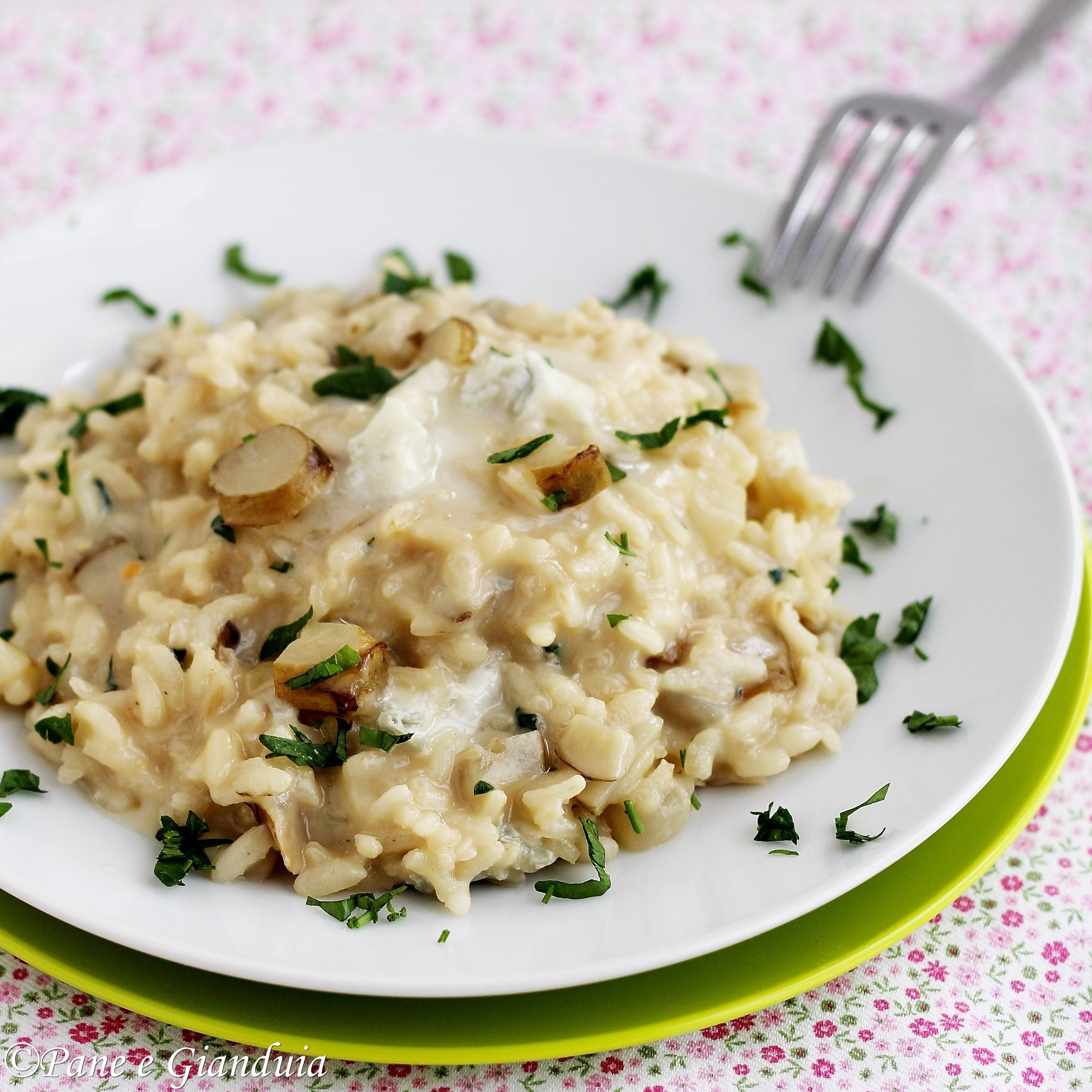 Risotto con topinambour e gorgonzola