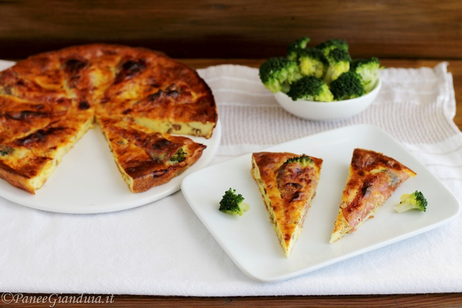 Clafoutis salato broccoli fontina e salame