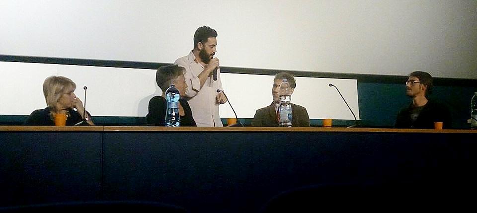 Roberto Lo Presti Conduce il dibattito FoodReLOVution, rivoluzione e connessione