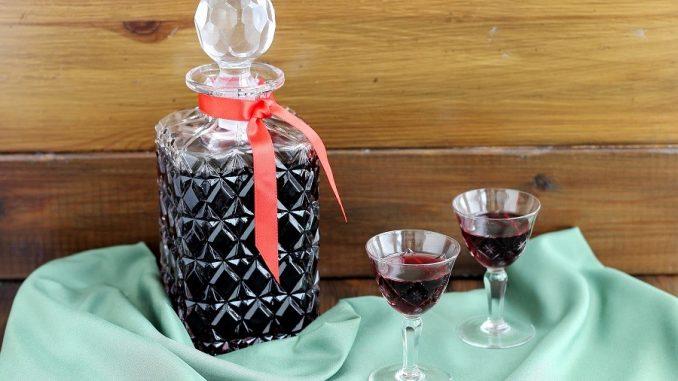 Ratafià di ciliegie nere del Piemonte