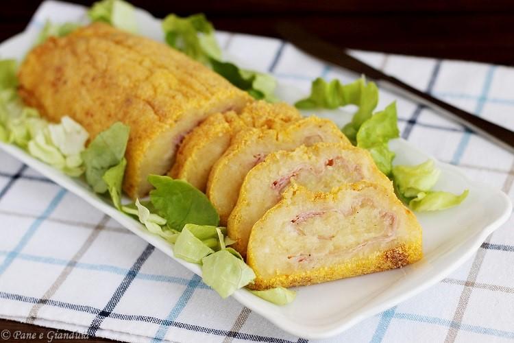 Rotolo di patate con prosciutto e toma