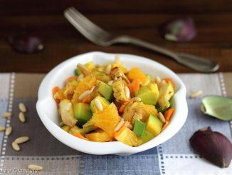 Insalata di carciofi, arancia e avocado