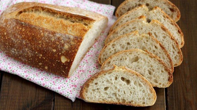 Filone di pane con farina di farro