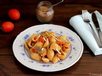 Conchiglie con carciofi, pomodorini e bottarga
