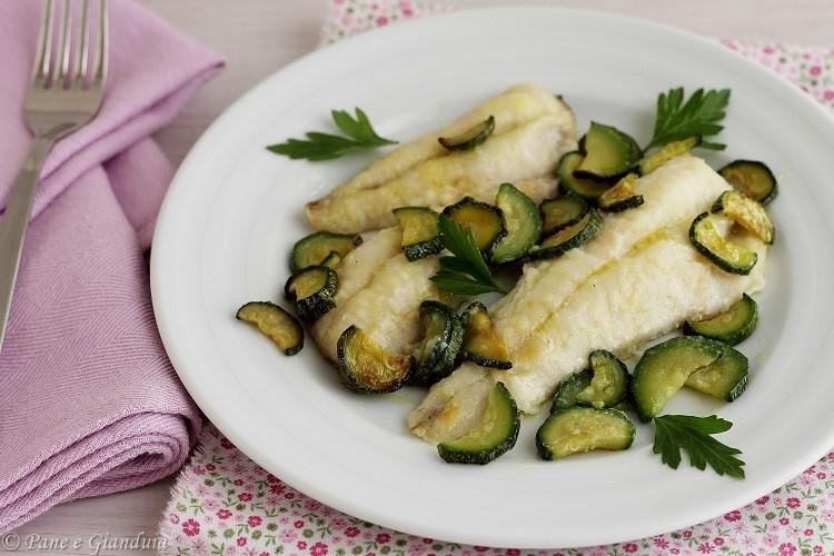 Filetti di gallinella al forno con zucchine