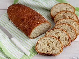 Pane con farina di soia e grano tenero