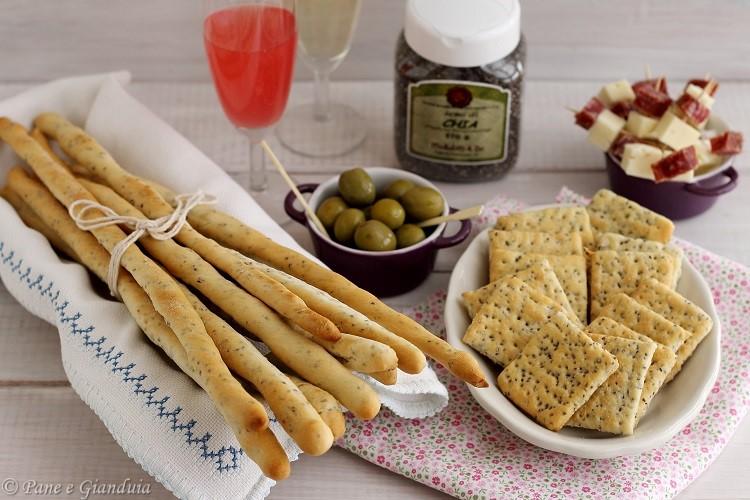 Grissini e crackers con semi di chia