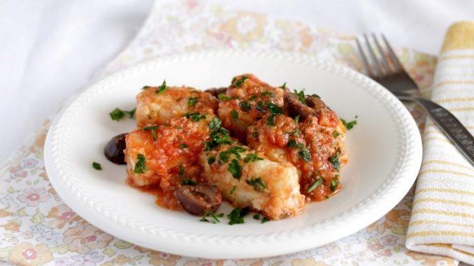 Baccalà al sugo di pomodoro con olive