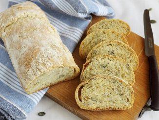 Pane di grano duro con semi misti