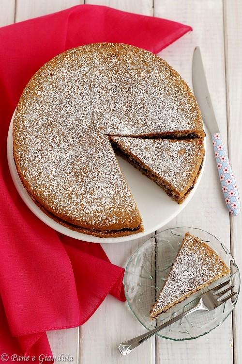 Torta di grano saraceno e marmellata di mirtilli