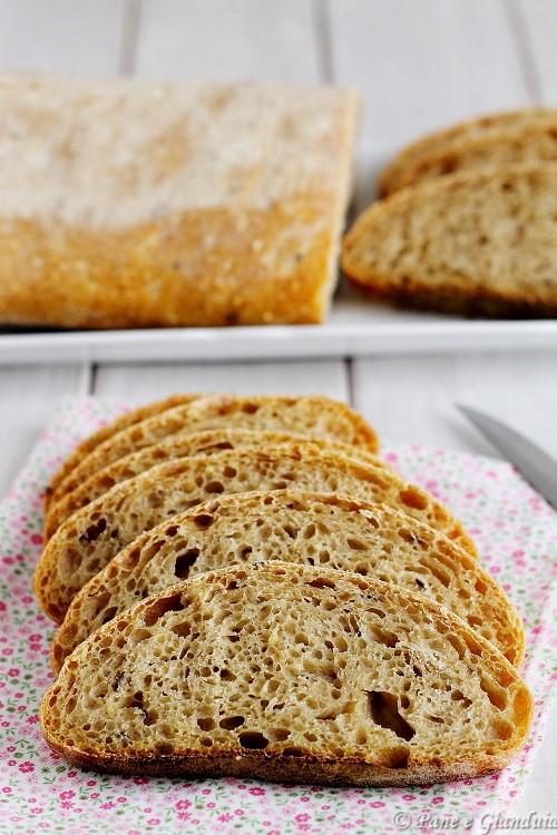 Pane con farine miste