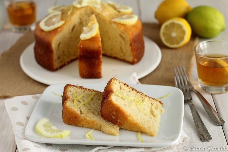 Torta profumata al limone