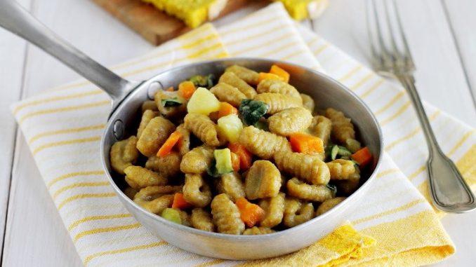 Gnocchi di pane con verdure miste