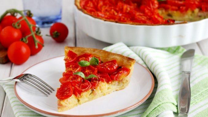 Torta rustica di pomodorini e patate