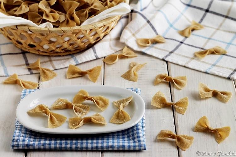 Farfalle con farina di segale