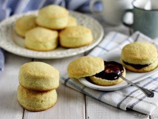 Scones inglesi allo yogurt