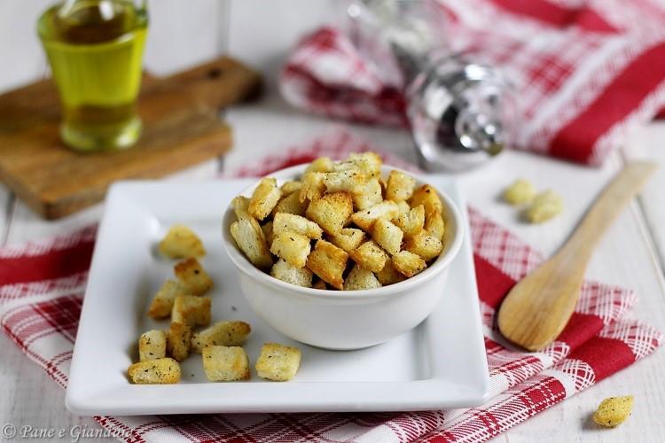Crostini per zuppa e brodo