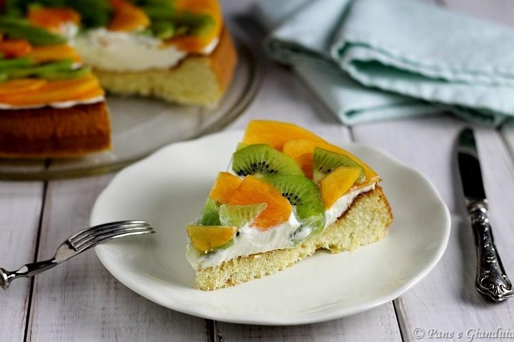 Torta californiana con caki e kiwi