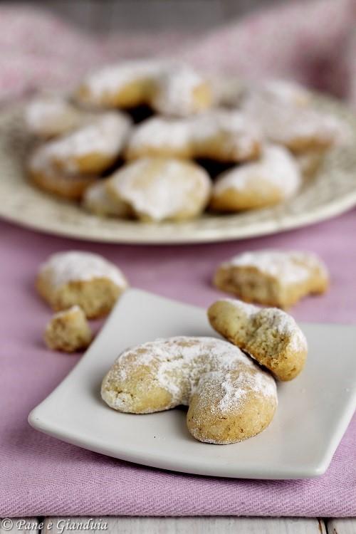 Kourabiedes biscotti greci