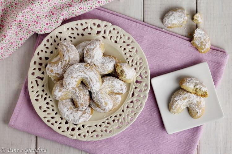 Kourabiedes biscottini greci