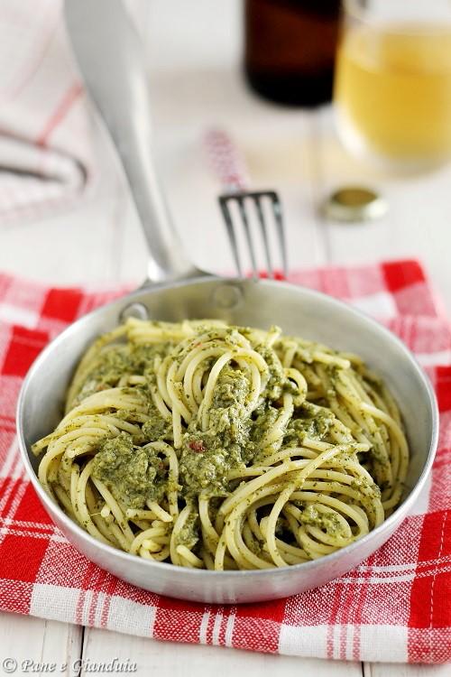 Spaghetti con crema di tenerume