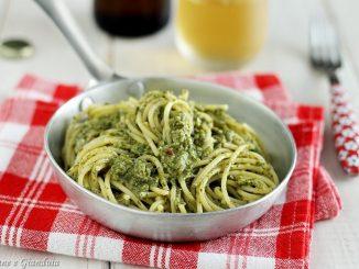 Spaghetti con crema di tenerumi