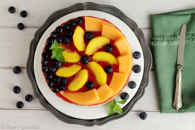 Cheesecake con frutta fresca